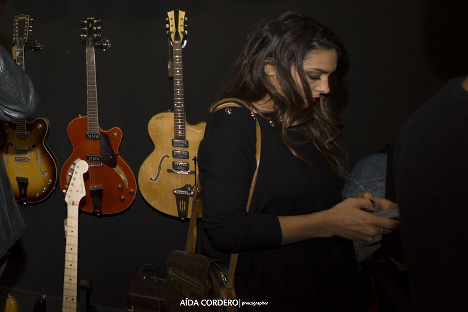 Lorena Castell estuvo en la fiesta Paredes